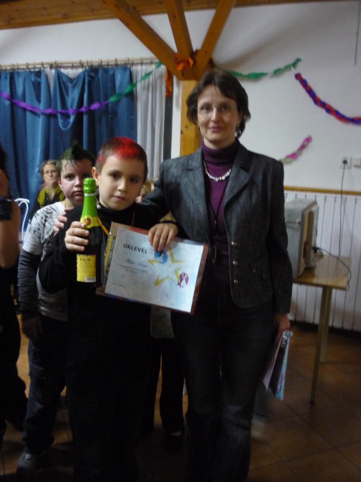Táncverseny fiú nyertese: Halász Lóránt